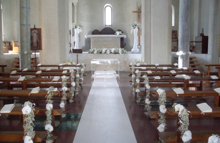Salerno - allestimento cerimonia religiosa