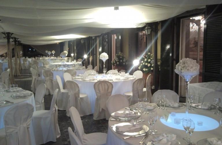 Allestimento ristorante per cena di gala - Caaserta